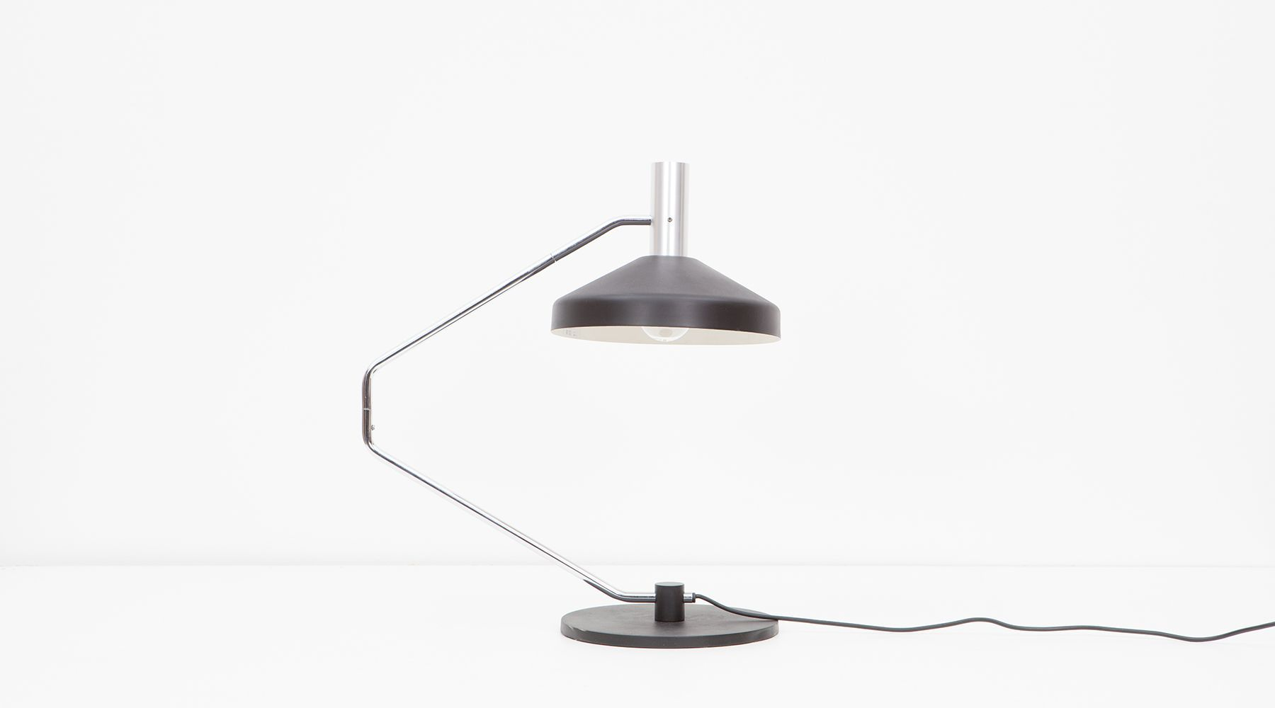 table lamp (f)