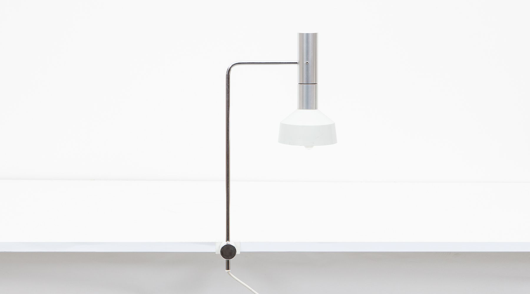 table lamp (i)