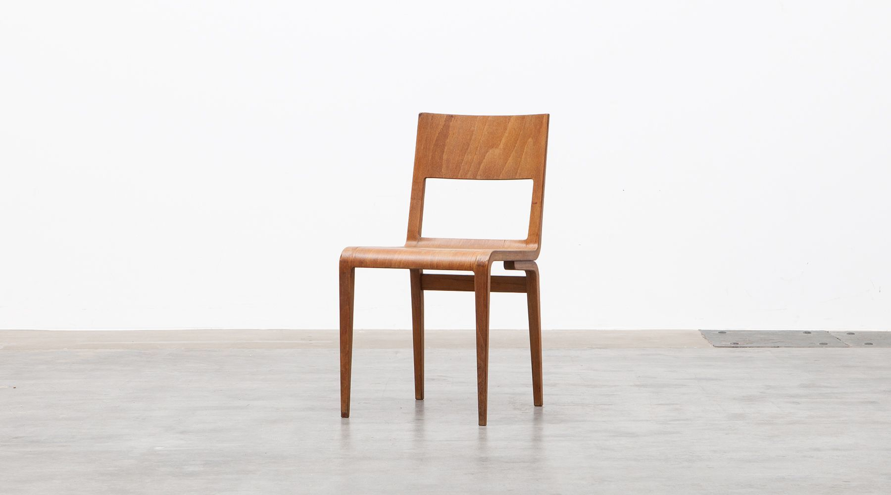 Plywood chair (a)